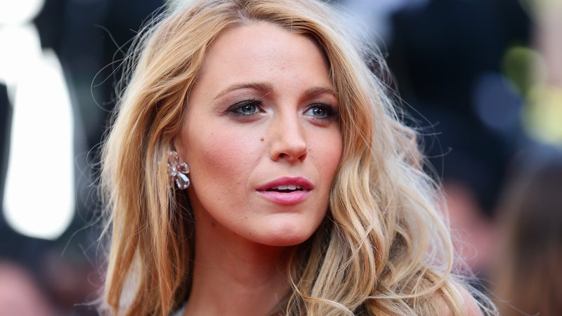 Blake Lively Just Made Shorts Winter-Appropriate, and We Love to See It